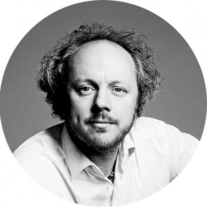 Lecturer: Professor Frank Fitzek